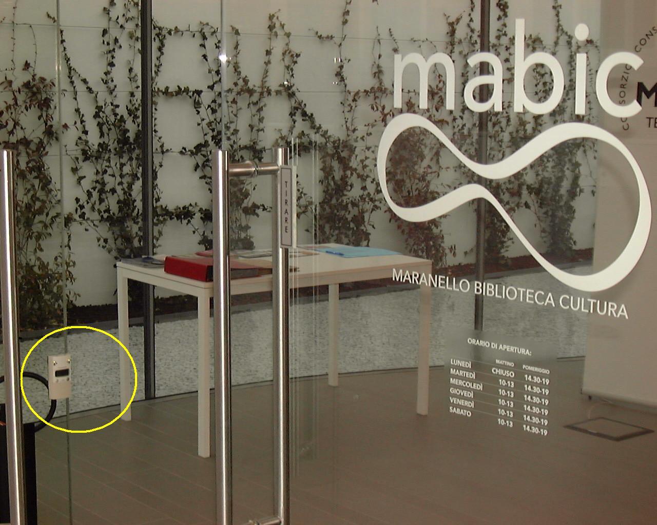 Biblioteca MABIC Maranello con accessi monitorati da contapersone ...